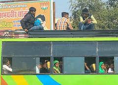 India - Jaipur Road (Suse Wilson) Tags: streetphotography jaipur agra people bus travel india