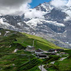 * Kleine Scheidegg (velodenz) Tags: envacances jungfrauregion bernesehighlaands landschaft verte sentero montagnes fujifilm paysage kleinescheidegg urlaub paesaggio trip pfad alpen x100f mönch svizra groen alpi svizzera chemin berneroberland fujifilmx100f sentier switzerland lesalpes jungfrau vacation green alpe camino paisaje velodenz holiday schweiz landschap travel landscape hiking mountains path vert alpsalp lasuisse grön verde schön schoen walking marcher views interesting top 20 twenty toptwenty top20 bernese highlands 2000 2000views repostmyfuji repostmyfujifilm