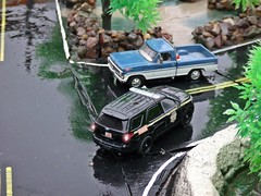 Rain 2/16/2018 (THE RANGE PRODUCTIONS) Tags: greenlight 164scale fordpoliceinterceptorutility fordf150 modular dioramas diecast diecastdioramas hoscalefigures model toy