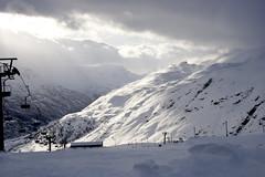 A brief bust of sun over Røldal (Svein K. Bertheussen) Tags: winter vinter snø snow sport wintersport vintersport alpin røldal natur nature friluft outdoors skisport skiing vær weather skyer clouds norway norge
