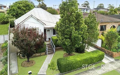 25 Inverness Avenue, Penshurst NSW
