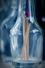 Tricolore in a bottle (Pascal Volk) Tags: fläschchen flasche flask vial bottle botellita inabottle ineinerflasche enunabotella streichholz zündholz fósforo match blue white red azul blanco rojo blau weis rot threeofakind macromondays macro makro 105mm closeup nahaufnahme macrodreams bokeh dof depthoffield canoneos80d sigma105mmf28exdgoshsmmacro availablelight manfrotto mt055xpro3 468mgrc2 dxophotolab 7dwf