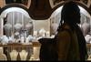 Kuyum (listera_ovata) Tags: manualfocus olympusom85mmf2 sonya7ii grandbazaar kapalıçarşı istanbul turkey luxury bride