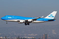 PH-BFY (Wee in YYC) Tags: klm b744 boeing phbfy klax lax 747400