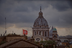 El skyline de Roma. (Miguel Angel SGR) Tags: skyline horizonte cúpula cúpulas dome domes city ciudad ville village town cityscape paisaje paisajeurbano tejados roofs iglesia church roma rome italia italy europe europa travel trips turismo tourism touring viajes viajar journey clouds nubes nikon nikond7200 d7200 outdoor architecture arquitectura miguelangelsgr miguelonphotography exterior