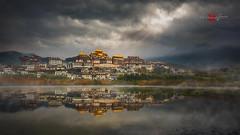 Songzanlin Monastery 松赞林寺 (Albert Photo) Tags: lijiang shangrila yunnanprovince songzanlinmonastery 松赞林寺 water sky reflection