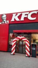 ballonnenboog rood wit KFC