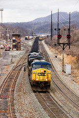 Mexico in Better Times (Wheelnrail) Tags: csx csxt ge locomotive signal signals train trains coal mexico interlocking cp control point bo cpl color position light tower cumberland maryland ac44cw