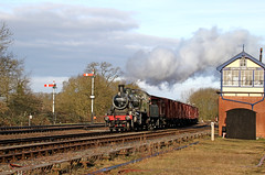 Freight at Swithland (Andrew Edkins) Tags: ivatt lms steamtrain steamgala railwayphotography preservedrailway greatcentralrailway freighttrain signalbox semaphoresignals leicestershire swithland rothley geotagged light january 2018 morning winter goodstrain uksteam