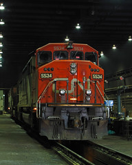 60F in da House! (GLC 392) Tags: bcol british columbia on line online 4605 ge c408m cowl barn emd sd70 sd60f 5534 ic cn f building markham il illinois homewood inside servicing 1022 canadian national central railroad railway train locomotive