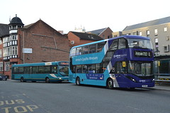 Arriva Cymru 2664 CX58EUE & 1002 CX17BYC (Will Swain) Tags: chester 30th october 2017 cheshire north west south county bus buses transport travel uk britain vehicle vehicles country england english arriva cymru 2664 cx58eue 1002 cx17byc