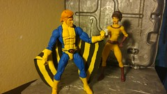 Flexing (peanutsinspace) Tags: marvelcomics marvellegends marvel hasbrolegends hasbro actionfigures figure toys xmen banshee seancassidy moiramactaggert