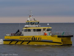 Offshore Taxi One (U. Heinze) Tags: cuxhaven ship schiff schiffe boat boot olympus elbe nordsee vessel