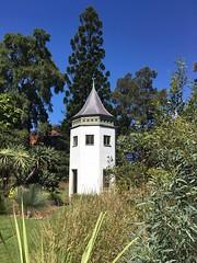 23/365 System garden tower (retrokatz) Tags: tower heritagegarden teachinggarden systemgarden 365the2018edition 3652018 day23365 23jan18