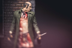 Catch me when you Can (3rd-Rate Photography) Tags: jacktheripper ripper serialkiller mcfarlanetoys whitechapel fromhell blood knife crime facesofmadness toy toyphotography canon nikon freelens lenswhacking 50mm 5dmarkiii elens jacksonville florida 3rdratephotography earlware 365
