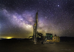 Drill under the stars (smbrooks_2000) Tags: stars mining mines mine drill rockdrill california pasorobles sky nightsky milkyway astrophotography landscape landscapephotography heavyequipment miningequipment