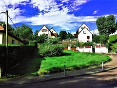 Rouen, Bihorel, FR (Kakha KOLKHI) Tags: rouen france bihorel maison jardin grasse herbe grass spring printemps ciel sky blue bleu