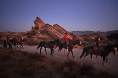 VasquezRocks_HorsebackRiding_MBV_01 (CEO_Countywide_Communications) Tags: parksandrecreationdepartment parksmakelifebetter equestriantrails trails hiking horses ridinghorses sunset aguadulce photography stars chiefexecutiveoffice ceo losangelescounty countywidecommunication