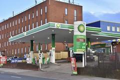 BP, Brent Cross London. (EYBusman) Tags: bp petrol gas gasoline filling service station garage edgware road dollis hill brent cross london mfg londis murco eybusman