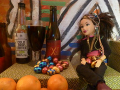 With a beer on the way to Easter (JoséDay) Tags: beer beerchocolate beersilove chocolateporter dolls itsasmallworld beersilovegroup beerbottleandmatchingglass xtremebier xtremebeer dutchbeer smileonsaterday smileonsaterdaygroup eastereggsbeer stacked