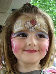 Emily (Hannelore_B) Tags: porträt portrait mask smileonsaturday