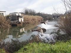 Un fiume, uno specchio e le sue cascate.... (bartric - Bartolomeo) Tags: falls panorama huawei cascata mirror specchio sacco fiume italy frosinone ceccano bartolomeo