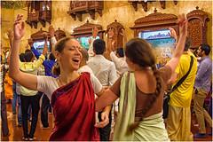 Mumbai , the joyful morning  ritual of Krishna  faithful  ... (miriam ulivi) Tags: miriamulivi nikond7200 indiandelsud mumbai bombay iskcontemple harekrishna ritualemattutino morningritual faithful danze dancinggirls ragazzedanzanti people