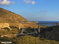 ATramdecer. (Ingmar Sergio) Tags: montañas mar 4100 tranvía puente alicante denia calpe benidorm elcampello fgv tram