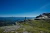 Au bord de la falaise (Joseph Trojani) Tags: montagne mountain pyrenees cairn roc sky beautiful ciel falaise blue bleue landscape paysage nikon d7000 rhune paysbasque