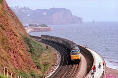 Another Sunday On The Wall (D1059) Tags: class47 duff westboundexpress teignmouth seawall britishrail