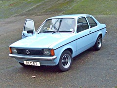206 Opel Kadett C Saloon (1979) (robertknight16) Tags: opel german germany 1970s kadett kadettc brooklands dlo6t