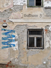 GASTHAUS J. FER[...] (LitterART) Tags: anger gasthaus fassade decay lost abandoned steiermark angerbweiz bélabartók 8184 a8184