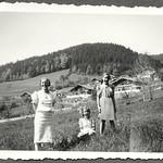 Archiv FaMUC256 Münchner Familie, Oberbayern, 1940er thumbnail