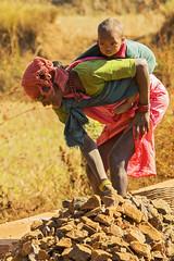 Female roadworker (wietsej) Tags: maikal hills chhattisgarh india sony a100 zeiss sal135f18z 13518 sonnar13518za mother child female roadworker