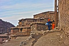 Berber life (KRAMEN) Tags: marruecos atlas bereber berber sky mujeres