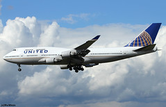United Airlines Boeing 747-422 N181UA / FRA (RuWe71) Tags: unitedairlines uaual united unitedcontinentalholdingsinc chicago usa unitedstatesofamerica boeing boeing747 b747 b744 b747400 b747422 boeing747400 boeing747422 n181ua cn25278881 n6005c frankfurtmain frankfurtammain frankfurtrheinmain frankfurtrheinmainairport flughafenfrankfurt fra eddf fraport widebody winglets jumbo queenoftheskies