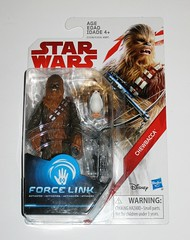 chewbacca with porg star wars the last jedi red and white card basic action figures force link 2017 hasbro porg above bowcaster version variant mosc 2a (tjparkside) Tags: chewbacca with porg wookie porgs bowcaster weapon weapons rifle star wars last jedi tlj episode 8 eight vii force link basic action figure figures hasbro disney 2017 friday first 1st september activated activation red white card 5poa 5 poa kylo ren top packaging variant variation above version varian