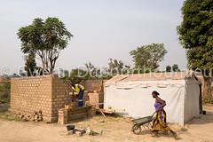 WEB_ACTED_Bangui_Reconstruction_27.01.2018-9 (Gwenn Dubourthoumieu) Tags: acted bangui car centrafrique centralafricanrepublic house idp rca républiquecentrafricaine déplacés maison reconstruction