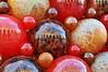 Red is the colour of love (DameBoudicca) Tags: malta malte マルタ valletta lavaleta lavalette lavalletta バレッタ mdinaglass glassbauble bauble glaskula julgranskula christbaumkugel kugel bouledenoël boule boladenavidad bola red rot rouge röd rojo rosso 赤い あかい