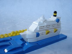 Cruise ship (fdsm0376) Tags: moc brickpirate bpchallenge lego boat microscale
