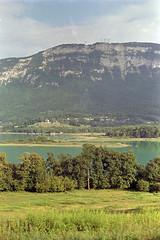 film (La fille renne) Tags: film analog lafillerenne 35mm canonae1program kodak kodakproimage100 50mmf18 nature landscape lake travel