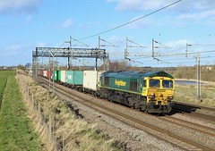 66515, Heamies Farm, 15 Feb 2018 (Mr Joseph Bloggs) Tags: norton bridge 66 66515 freightliner crewe basford hall felixstowe heamies farm train treno bahn railroad railway gm emd electro motive division general motors intermodal cargo freight merci jt42cwr emdjt42cwr polephotography