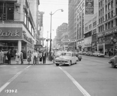 Fourth & Pike, 1958 (Seattle Municipal Archives) Tags: seattlemunicipalarchives seattle downtownseattle vintagecars pedestrians 1950s
