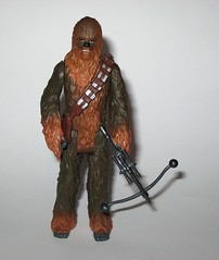 chewbacca with porg star wars the last jedi red and white card basic action figures force link 2017 hasbro porg above bowcaster version variant e (tjparkside) Tags: chewbacca with porg wookie porgs bowcaster weapon weapons rifle star wars last jedi tlj episode 8 eight vii force link basic action figure figures hasbro disney 2017 friday first 1st september activated activation red white card 5poa 5 poa kylo ren top packaging variant variation above version mosc 2