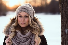 Annett (marvinbrakelmann) Tags: blond blonde sony schnee snow sonnenuntergang sunset munich portrait people winter