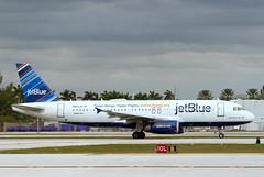 A320.N623JB-3 (Airliners) Tags: jetblue jetblueairways 320 a320 airbus airbus320 airbusa320 stickers fll n623jb 12018