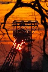 Zollverein Sunset (uwe1904) Tags: architektur bergbau deutschland essen ge himmel industriekultur pentaxk3 rotthausen ruhrpott sonnenuntergang uwerudowitz zeche zollverein gelsenkirchen nrw d