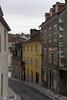 Rue de la Fontaine (Falcon_33) Tags: france french variotessartfe1635mmf4zaoss carlzeiss raw architecture batiment building bwfpro pau français