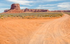 2017 Monument Valley 16 (DrLensCap) Tags: monument valley kayenta arizona az mountain butte bluff robert kramer