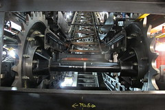 Kings Cross Esc 7&9 15-12-04 (12) (Funny Cyclist) Tags: kings cross escalator shaft camden london tube underground train zug ubahn untergrund subway machine greasesteel concrete gearbox chain